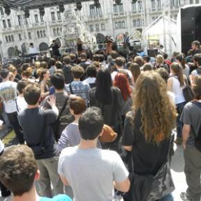 3 maggio 2013 festa GASP in Piazza Unità