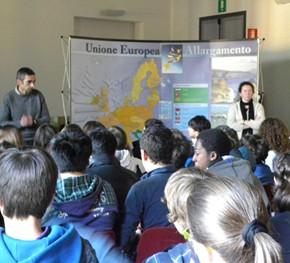 Visita alla scuola Manzoni di Udine - 10.02.11
