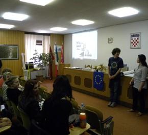 A Buie, Croazia, con alcuni studenti delle scuole locali e non solo - 4.05.11