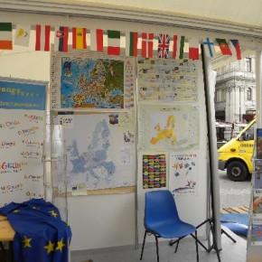Il nostro stand europeo!!! al centro di piazza Unità