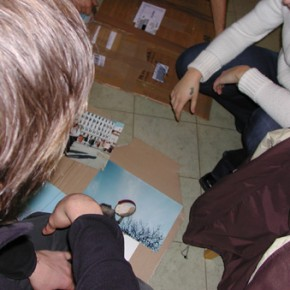 Trieste 2003: al lavoro nel laboratorio fotografico