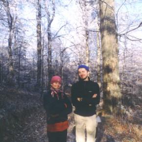Trekking a Beskid Niski (Polonia meridionale). Notare i rami degli alberi completamente ghiacciati.