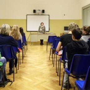 25.3.15 - lezione europea presso la scuola media Divisione Julia