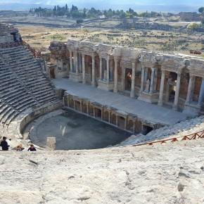 Herapolis: una antica città con rovine a 6 ore da Ankara che siamo andati a visitare