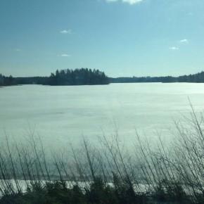 Dintorni, il lago ghiacciato