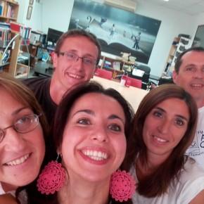 Selfi con i colleghi di lavoro