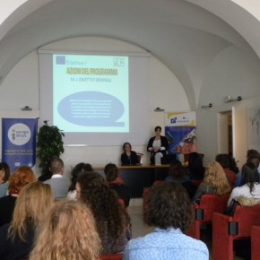 L'Agenzia Nazionale dei Giovani che presenta programma Erasmus+