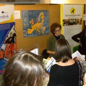 Molti giovani sono passati a trovarci interessati a fare un'esperienza di studio, lavoro o volontariato all'estero