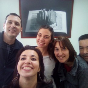 Primo giorno alla Fondazione! Con il presidente, i miei responsabili Belén e Alfonso e la mia compagna di avventure e progetto Giuliana